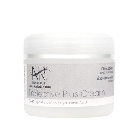 Crema hidratante para la piel después de una sesión de láser