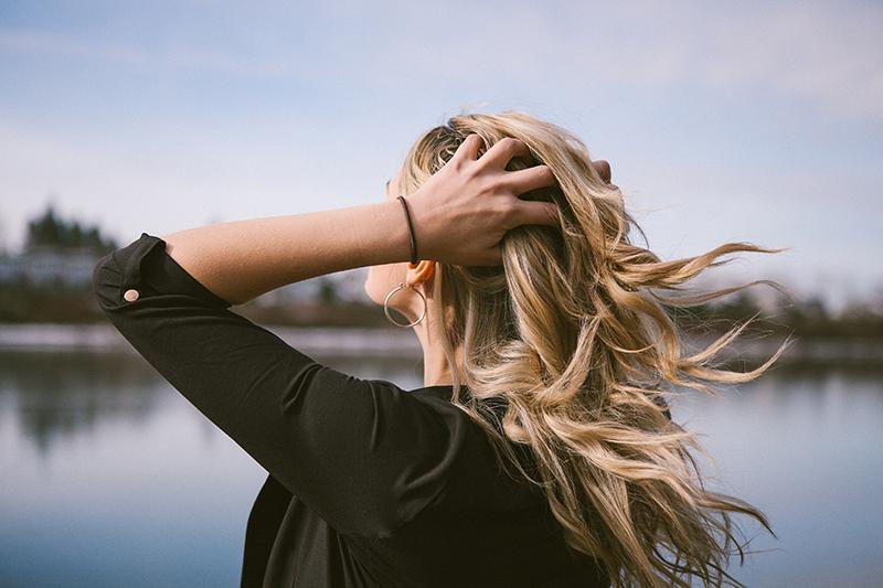 Cómo frenar la caída del cabello